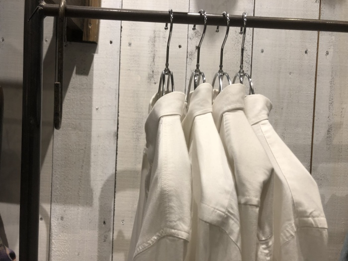 明日はローファー&L/Sシャツ入荷です!_b0247211_20171528.jpeg
