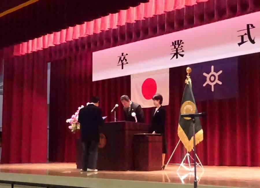 小金井特別支援学校卒業式_f0059673_18525827.jpg