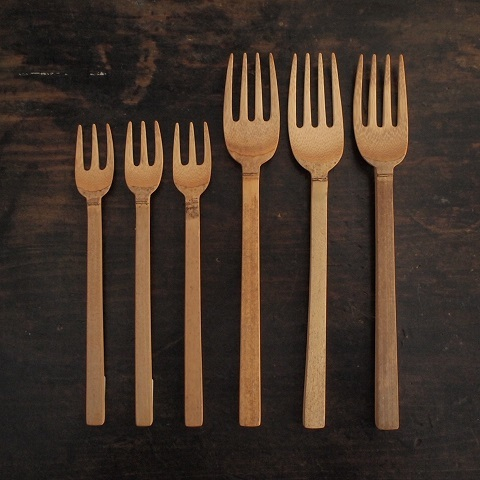 暮らしの道具が買える店_b0322280_19213700.jpg