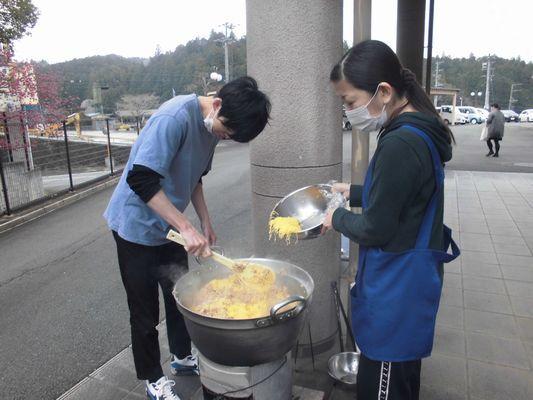 3/22 炊き出し訓練_a0154110_09250477.jpg