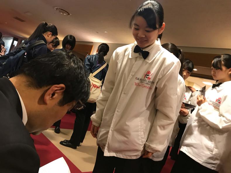 光ヶ丘女子高校 日野謙太郎先生♪_d0016622_13484301.jpg