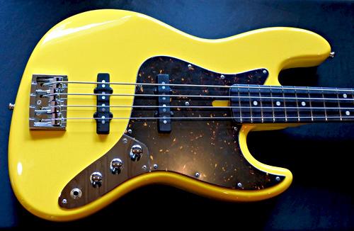 油科様オーダーの「Modern J-Bass #027」が完成です!!_e0053731_16542497.jpg