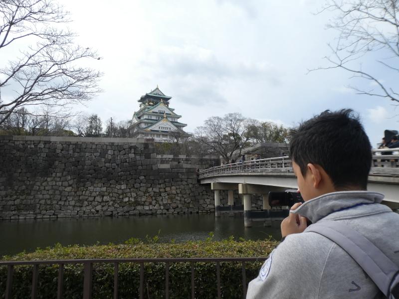 大阪城に孫と行ってきました_c0108460_18434727.jpg