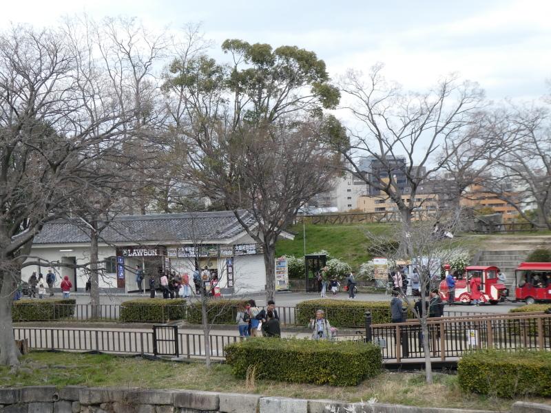 大阪城に孫と行ってきました_c0108460_18444902.jpg