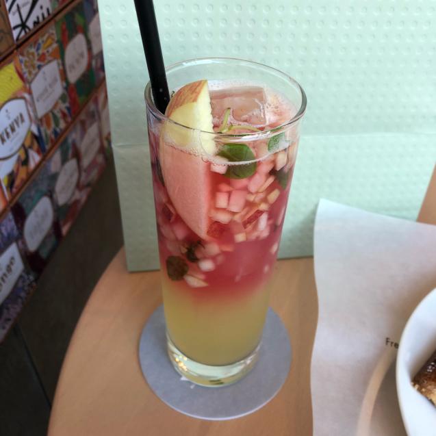 お茶も楽しめるスターバックスリザーブロースタリー東京_d0285416_20401291.jpg
