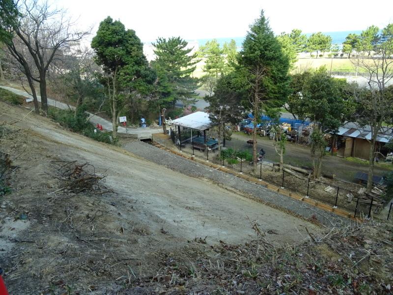 災害復旧工事終了⇒周辺の整備作業に取り掛かった・・・うみべの森_c0108460_18464933.jpg