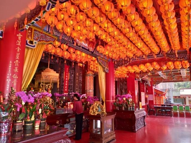 台湾旅行 (4) 目指せ開運、指南宮と龍山寺のお寺巡り_f0100593_17055023.jpg