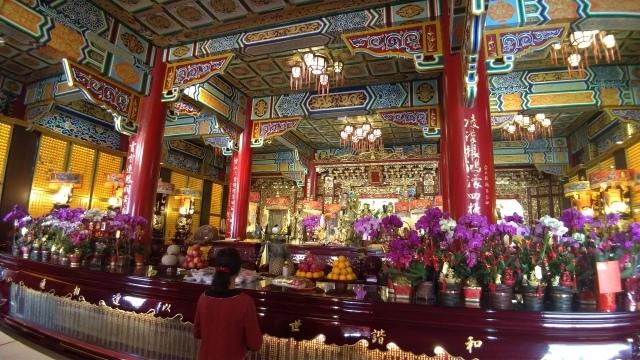 台湾旅行 (4) 目指せ開運、指南宮と龍山寺のお寺巡り_f0100593_17061783.jpg