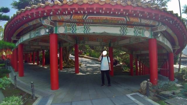 台湾旅行 (4) 目指せ開運、指南宮と龍山寺のお寺巡り_f0100593_17070399.jpg