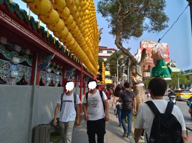 台湾旅行 (4) 目指せ開運、指南宮と龍山寺のお寺巡り_f0100593_17073170.jpg