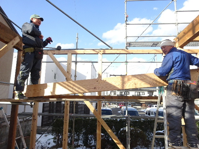 向中野の家 フルリフォーム工事 大工工事がスタート!_f0105112_04225303.jpg