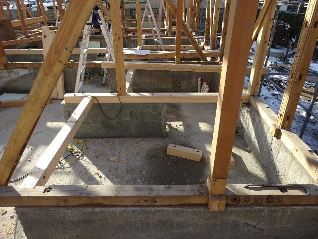 向中野の家 フルリフォーム工事 大工工事がスタート!_f0105112_04225381.jpg