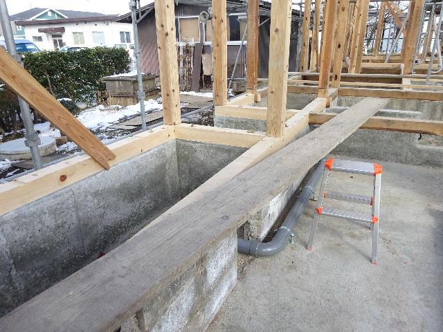 向中野の家 フルリフォーム工事 大工工事がスタート!_f0105112_04225443.jpg