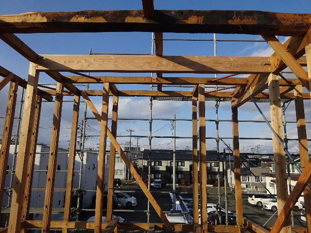 向中野の家 フルリフォーム工事 大工工事がスタート!_f0105112_04300517.jpg