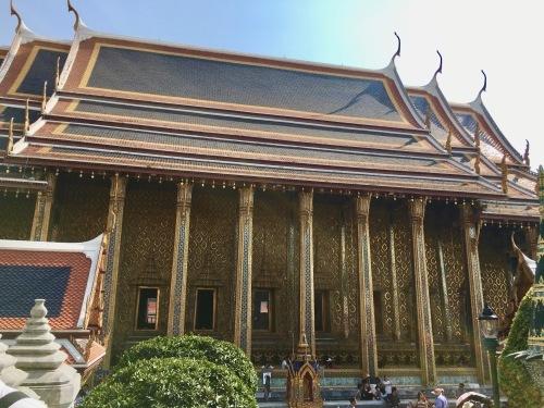 タイの王宮と老舗ホテルへ_b0325640_23142772.jpg