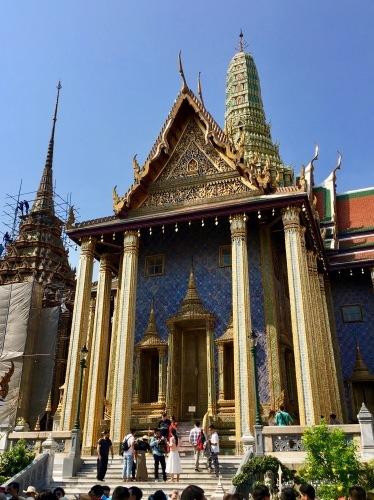 タイの王宮と老舗ホテルへ_b0325640_23150107.jpg