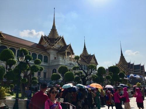 タイの王宮と老舗ホテルへ_b0325640_23151554.jpg