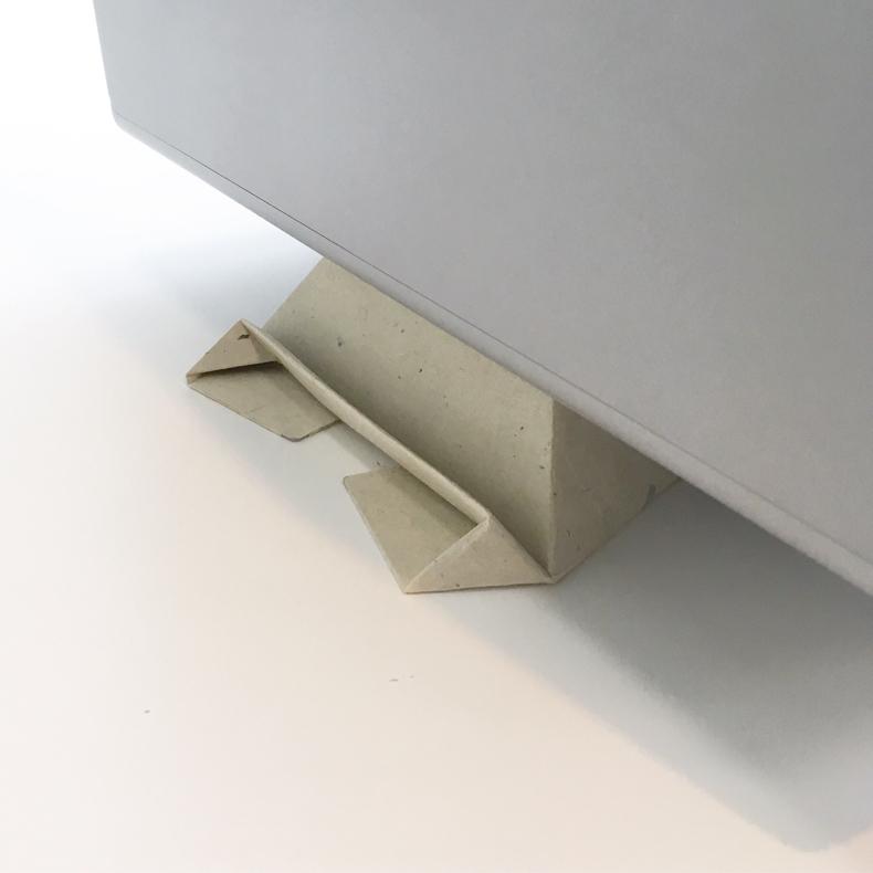 軽くて丈夫、和紙製モバイルスタンド「フォルダブル(Foldable)」_c0060143_11442497.jpg