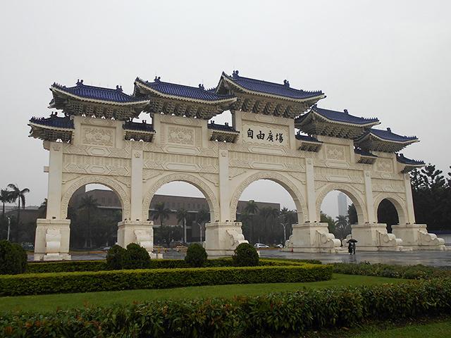 台北の旅 2日目(中正紀念堂)_a0099744_19592129.jpg