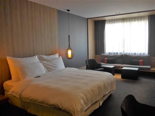 台湾・高雄へ行く。② 〜ホテル・ドゥア、良かった!〜_f0232060_11304882.jpg