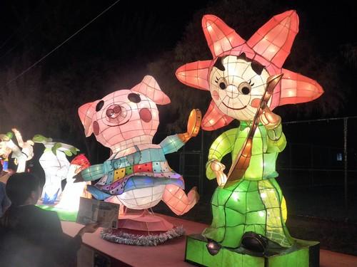 台湾・高雄へ行く。③ 〜台湾最大のランタン祭り〜_f0232060_12405578.jpg