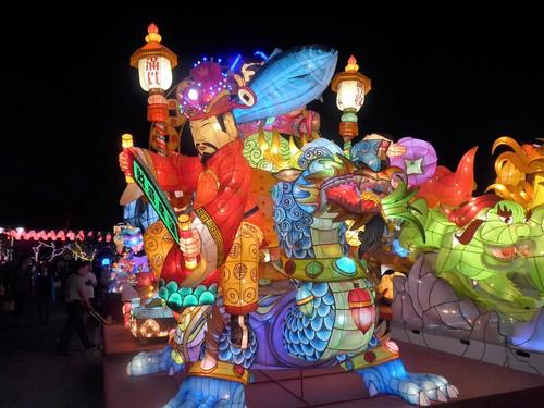 台湾・高雄へ行く。③ 〜台湾最大のランタン祭り〜_f0232060_12432694.jpg