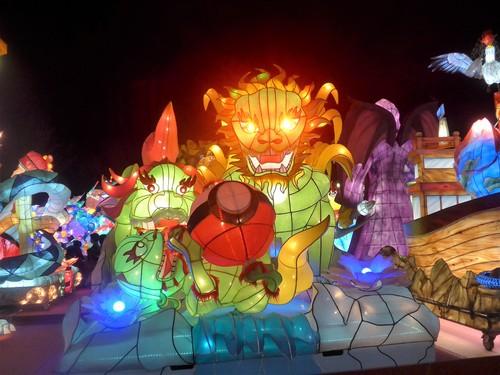 台湾・高雄へ行く。③ 〜台湾最大のランタン祭り〜_f0232060_1243772.jpg