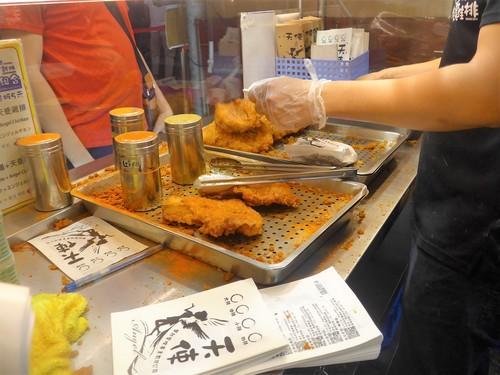 台湾・高雄へ行く。④ 〜高雄の夜市は楽しいな〜_f0232060_17423933.jpg