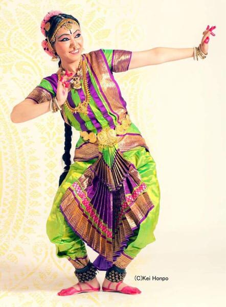5/19「南インド古典音楽カルナティック・ヴォーカルライブ」のご予約は4/1開始!_e0145685_21222764.jpg