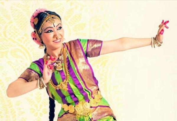 5/19「南インド古典音楽カルナティック・ヴォーカルライブ」のご予約は4/1開始!_e0145685_21241735.jpg