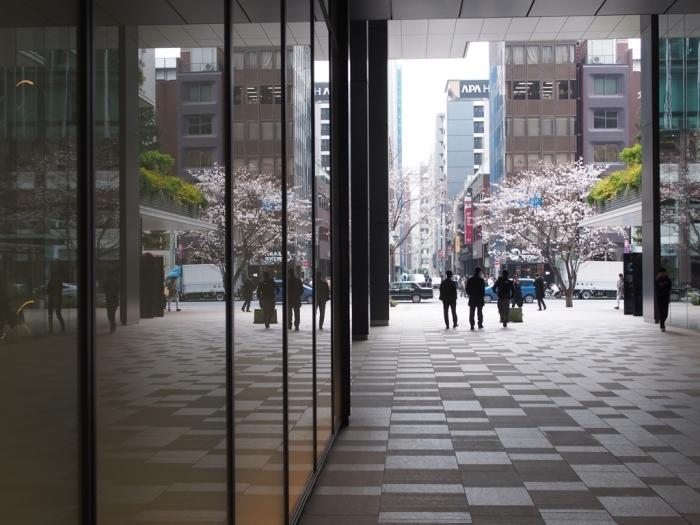 写真展、ついでに都心の桜_f0224100_22023823.jpg
