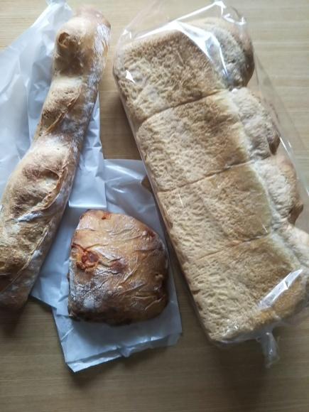 好きなパン屋で、お気に入りパン🍞ゲット!_f0316507_19134055.jpg