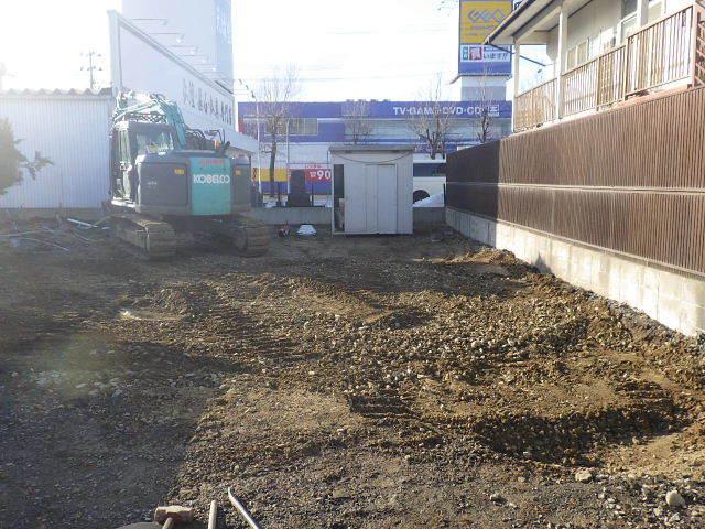 西仙北の家 解体工事と大工の墨付けが進行中。_f0105112_04152550.jpg