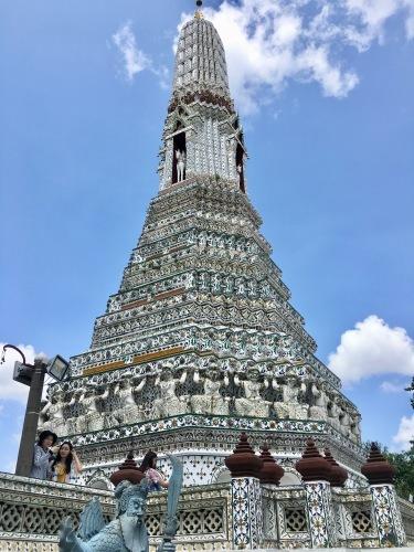 タイの王宮と老舗ホテルへ_b0325640_00211135.jpg