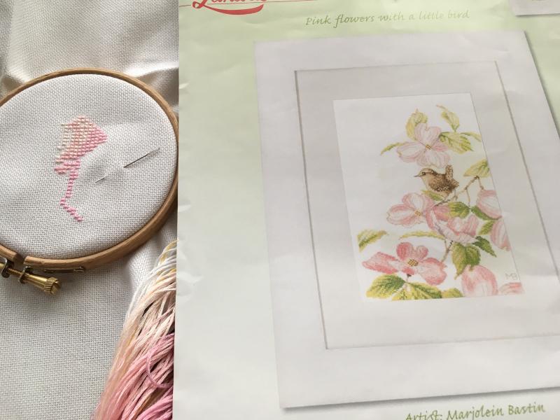 pink flowers with a little bird_a0374562_18194394.jpg