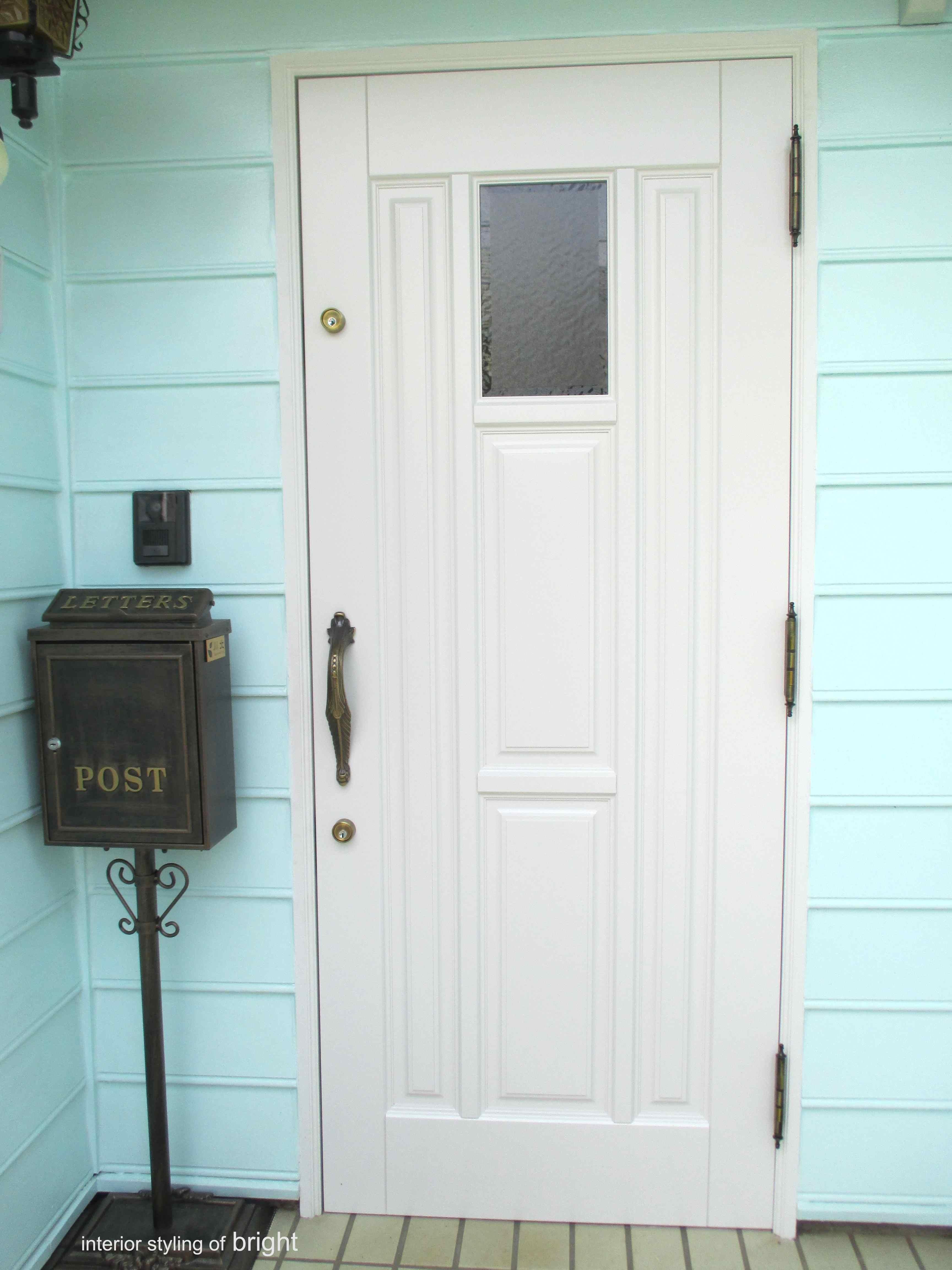 玄関ドア交換 ウィリアムモリス正規販売店のブライト_c0157866_11423177.jpg