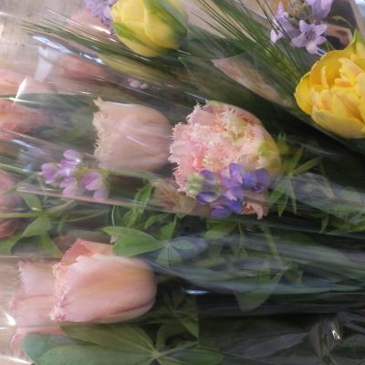 オークリーフ(小ぶりな春の花束)_f0049672_13042953.jpg