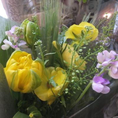 オークリーフ(小ぶりな春の花束)_f0049672_13045183.jpg