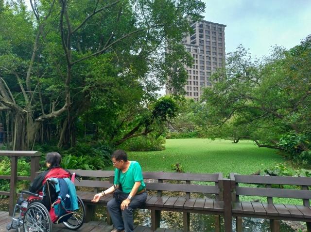 台湾旅行 (5) 台北植物園でのんびり&国立台湾博物館へ_f0100593_20164486.jpg