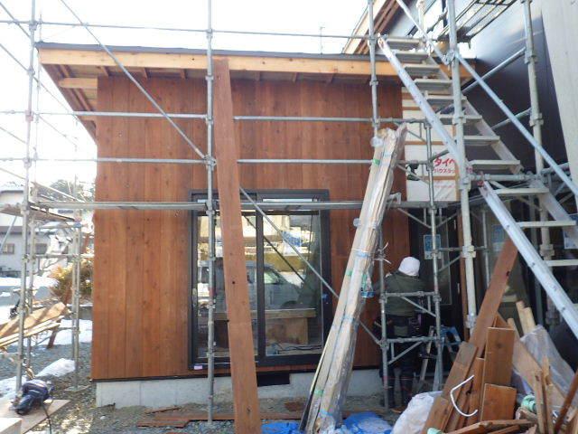 桜台の家 大工工事進行中です。_f0105112_04370647.jpg