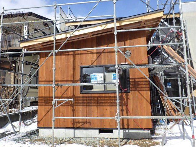 桜台の家 大工工事進行中です。_f0105112_04424342.jpg