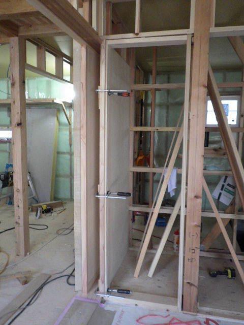 桜台の家 大工工事進行中です。_f0105112_04424376.jpg