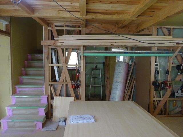 桜台の家 大工工事進行中です。_f0105112_04502460.jpg