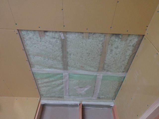桜台の家 大工工事進行中です。_f0105112_04502489.jpg
