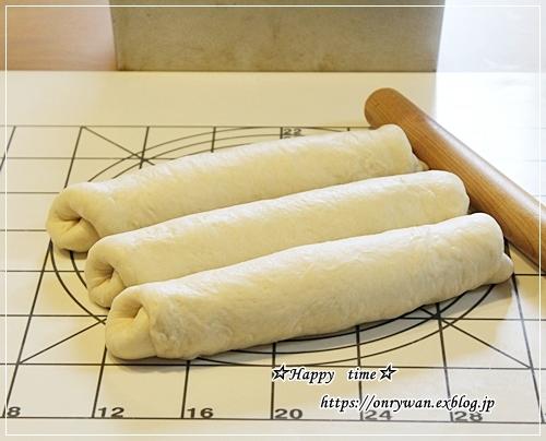 庭からビオラとパン焼き・リッチな角食♪_f0348032_17563337.jpg