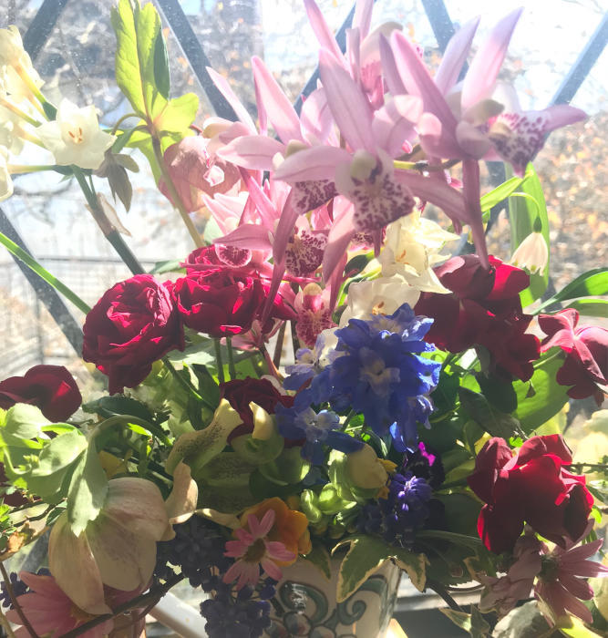 春のフラワーアレンジメント_e0233674_10495672.jpg
