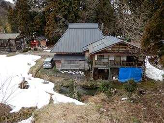 新潟県高柳町の民家を視察しました。_c0195909_11123979.jpg