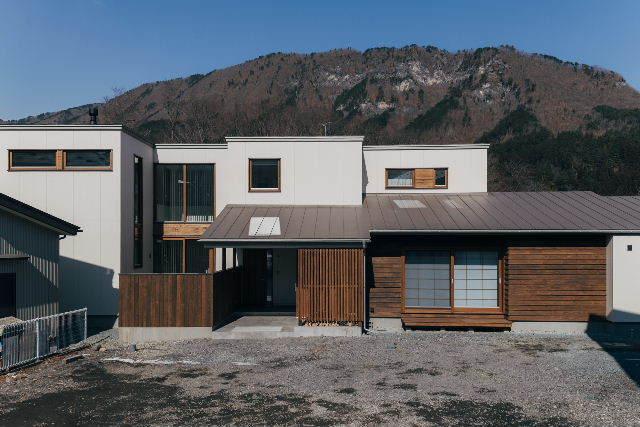 岩泉の家 完成写真 その②_f0105112_04105131.jpg