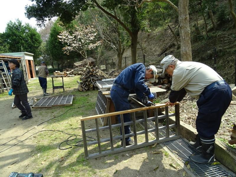 復旧した小川周辺の整備・・・うみべの森_c0108460_16300544.jpg
