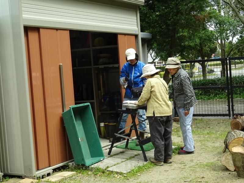 復旧した小川周辺の整備・・・うみべの森_c0108460_16312654.jpg